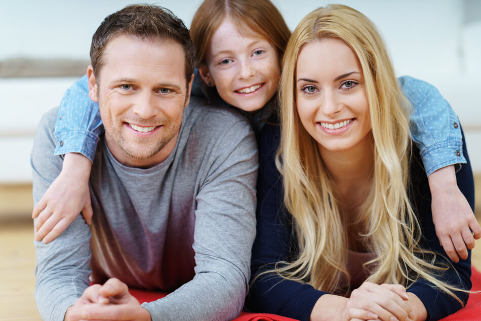 Only the right oral hygiene insures that the whole family will have healthy teeth in the long term.